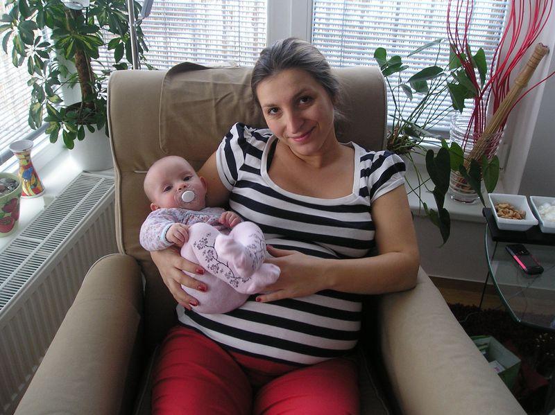 Veronika mě přijela podpořit těsně před porodem s její Adinkou
